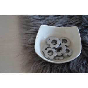 Lesene rožice - srebrne (2 kosa)
